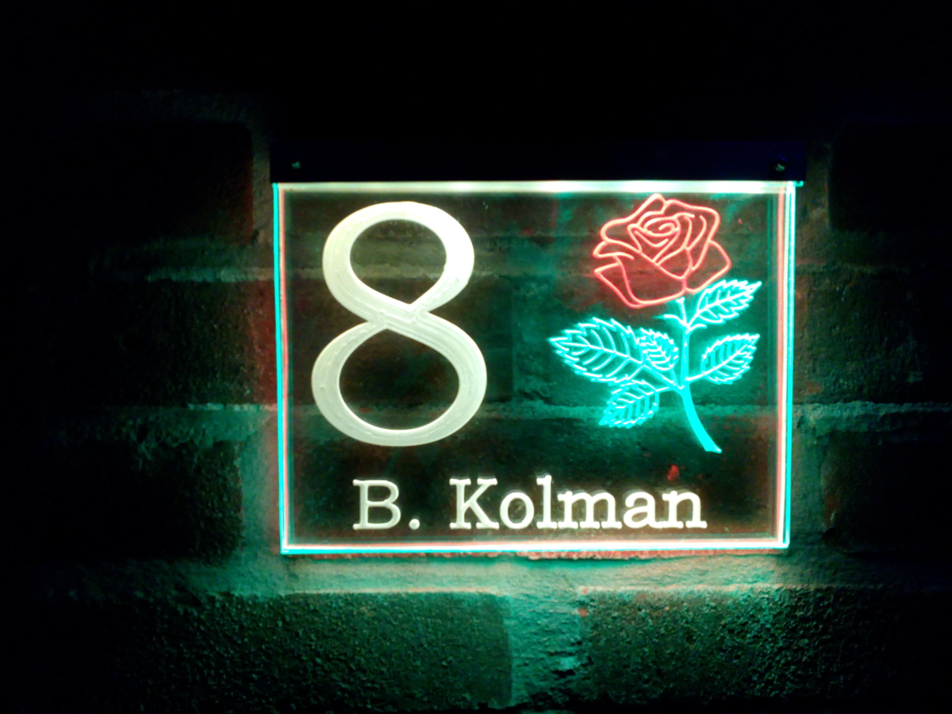 verlicht naambordje 3 kleurig