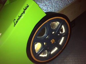 Lamborghini autobed close up